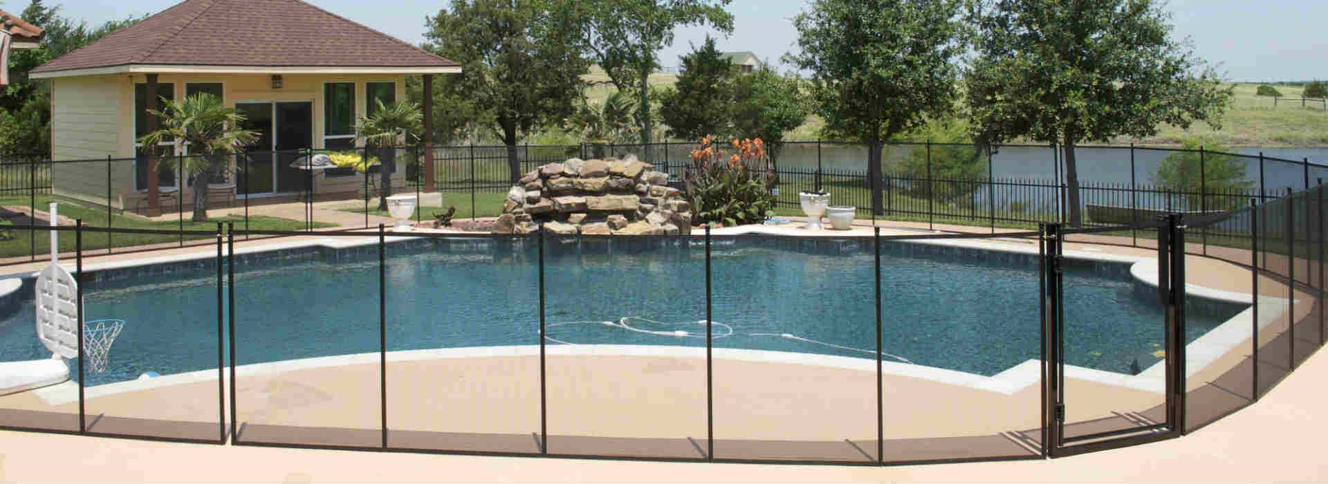 dallas pool fence
