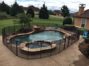 5 things to consider when buying a pool safety fence