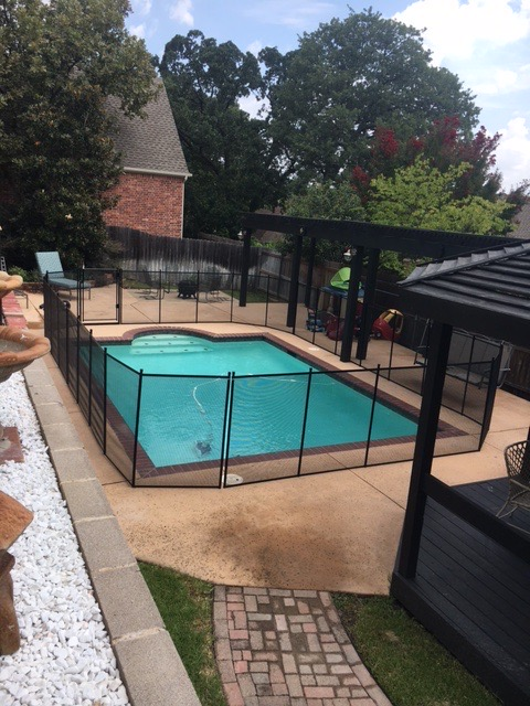 Black pool safety fence in grapevine tx